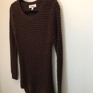 Derek Heart Sweaters - Brown knit sweater